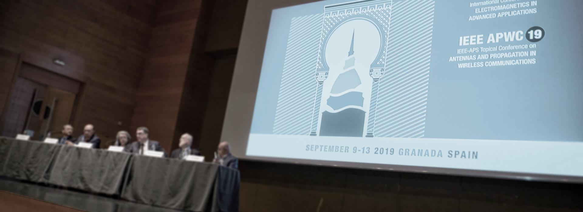 Slide Eventi, congressi <br>  e meeting <br> internazionali